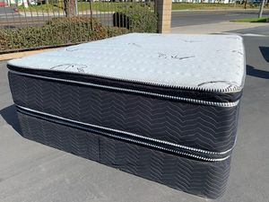 Bamboo Double Sided Pillow Top Mattress and Boxspring! for Sale in Redlands, CA