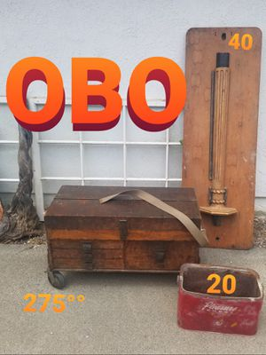 Knotts Berry Farm Bud Hurlbut Estate Finds Rolling Tool Box Chest Wood Sand Casting Decor for Sale in Mission Viejo, CA