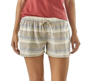 "NWT Patagonia Tarkine Stripe Short 3"" M for Sale in Upland, CA"