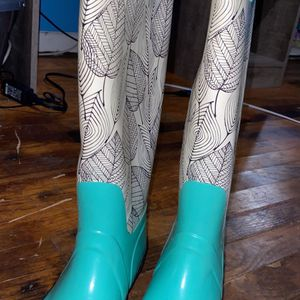 Rain Boots for Sale in Knoxville, TN