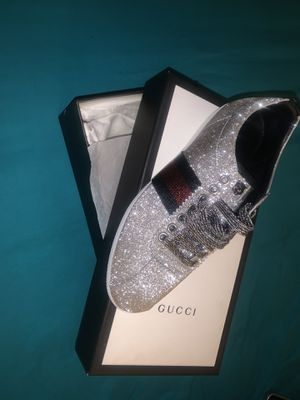 Gucci Bambi Shimmer Sneaker for Sale in Greensboro, NC