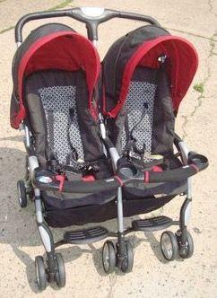 Combi side by side double stroller for Sale in Philadelphia, PA