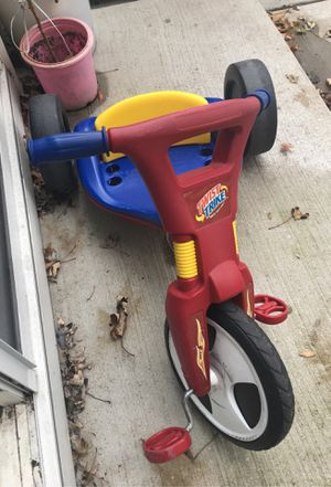 Baby balance bicycle twist trike for Sale in Glendale Heights, IL