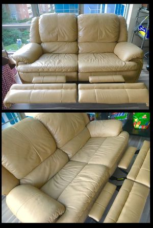 Super Plush Genuine Leather Loveseat Couch Sofa Recliner for Sale in West McLean, VA