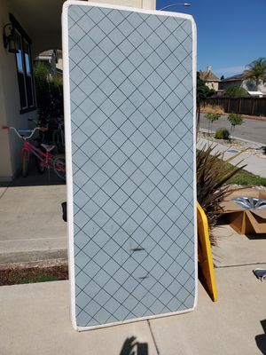 X2 Twin size box springs used for Cal King Bed Platform style for Sale in Gilroy, CA