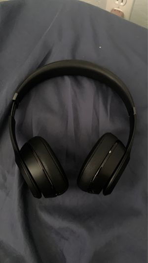 Beats Solo. Good Quality. ASAP Offers for Sale in Glendale, AZ