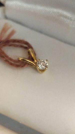 SOLID GOLD DIAMOND PENDANT for Sale in Leesburg, VA