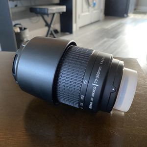 Nikon 70-300mm zoom DSLR camera lens for Sale in Cedar City, UT