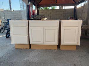 3 Piece Cabinet Set for Sale in Riverside, CA