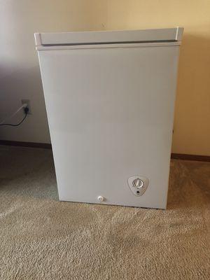 3.5 cu ft chest freezer for Sale in Saint Paul, MN