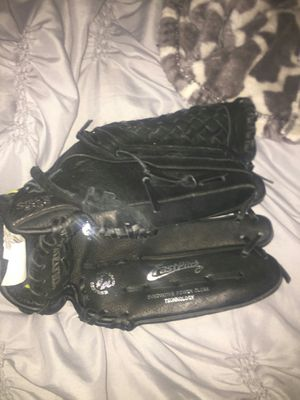 Youth baseball/ softball gloves for Sale in Portland, OR