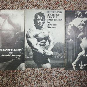 Vintage Books By Arnold Schwarzenegger for Sale in Wheeling, IL
