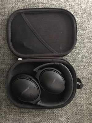 Bose QC35-II Headphones (Noise Cancelling) for Sale in Falls Church, VA