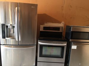 LG fridge stove and microwave GE dishwasher stainless steel excellent condition for Sale in Winter Park, FL