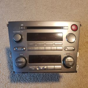 Radio, CD, Dual-zone Climate Control Unit - Subaru OutbackXT '05 for Sale in Issaquah, WA