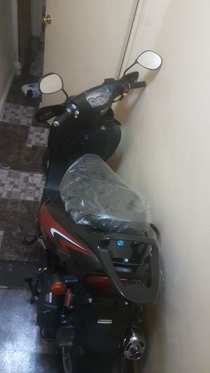50 cc no licence or insurance needed good for delivery last price for Sale in The Bronx, NY