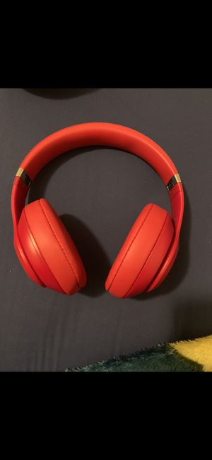 Beats studio 3 wireless for Sale in Pasadena, TX