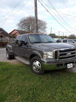 Ford 350 diesel Super Duty lariat for Sale in Houston, TX