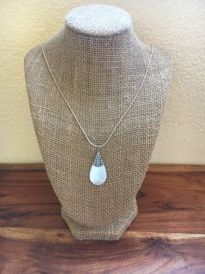 925 Sterling Silver Mother of Pearl Necklace for Sale in Hesperia, CA