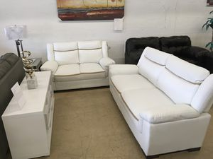 Living room set sofa and love seat both for Sale in Hialeah, FL