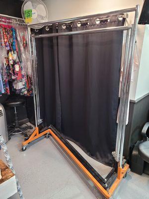 Z Racks to hang clothing for Sale in Riverside, CA