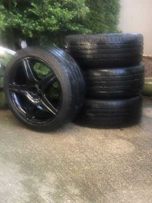 """BEAUTIFUL Mercedes Benz 19"""" 255/40R19 100W XL AMG Wheels & Michelin Performance Tire Package for Sale in Oceanside, NY"""