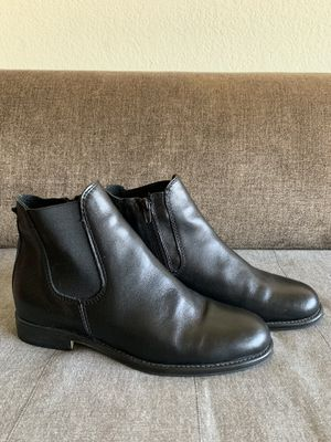 Chelsea boots ladies Sz 39 for Sale in Los Angeles, CA