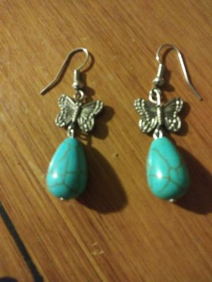 Vintage Beautiful Turquoise Earrings... for Sale in Pomona, CA