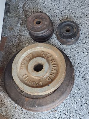 150 pounds of free weights olympic blow out gym for Sale in Chino Hills, CA