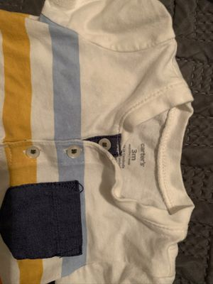 Baby clothes size 0-3 months for Sale in Fresno, CA