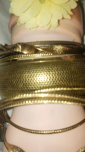 BUNDLE OF BANGLE BRACLETS for Sale in West Valley City, UT
