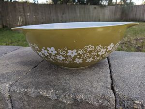 Vintage Pyrex for Sale in Seminole, FL