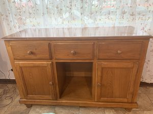 Kitchen Cabinet for Sale in Niles, IL
