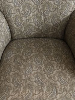 Arm Chair for Sale in Cleveland,  OH