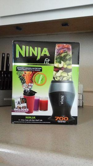 Ninja Fit 700 Watt power pulse technology blender for Sale in Palm Desert, CA