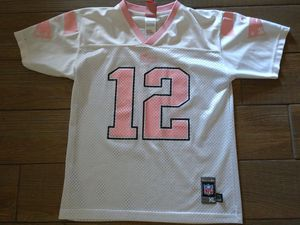 Pink NEW ENGLAND PATRIOTS JERSEY size 14/16 Youth Large firs Women's size Small for Sale in Gulfport, FL