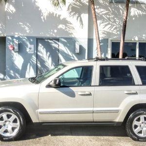 2010 Jeep Grand Cherokee Laredo 4X4 for Sale in Miami, FL