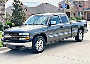 ֆ12OO 4WD CHEVY SILVERADO 4WD for Sale in Clearwater, KS