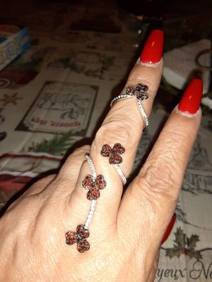 Two piece set flower Garnet ring. sterling silver. Size 7 for Sale in Fullerton, CA