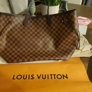 Louis Vuitton Neverfull, Large Tote for Sale in Auburn, WA