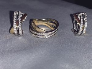 DIAMOND EARRINGS & RING SET ! for Sale in Chicago, IL