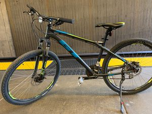 27.5 Mountain Bike GT for Sale in Daly City, CA