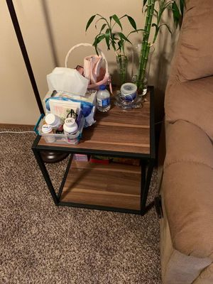 Side table and lamp for Sale in Sioux Falls, SD