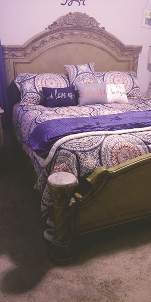 King Size Comforter Set for Sale in Little Rock, AR