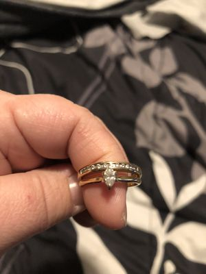 Diamond engagement and wedding band set for Sale in Pittsfield, MA