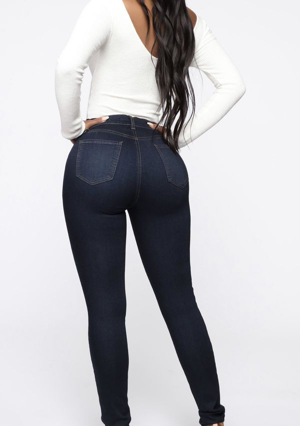 Brand new FASHIONNOVA jeans with Tags!