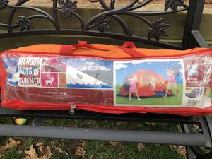 Camping tent (4 people) for Sale in Durham, NC