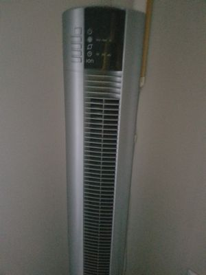 Lasko tower fan with remote for Sale in Raleigh, NC