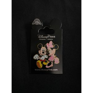 Disney Mickey Mouse & Minnie Mouse Pin for Sale in Baldwin Park, CA