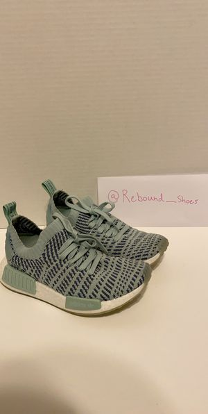 Adidas Women's Nmd r1 size 6 for Sale in Montoursville, PA